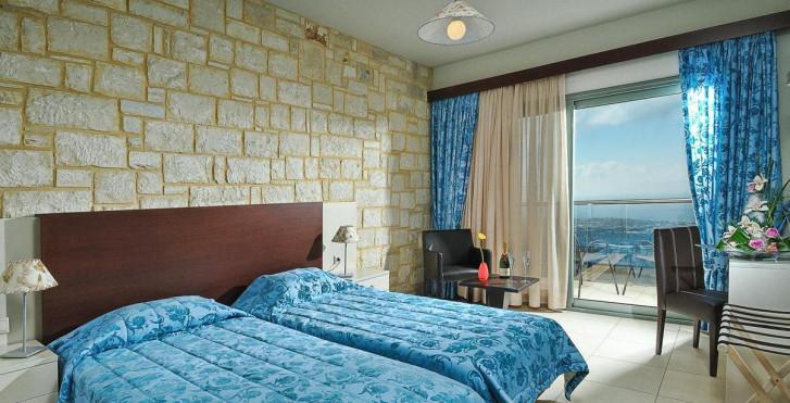 Image 7346024 - Royal Heights Resort