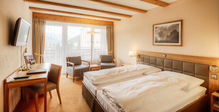Chambre double balcon - Sunstar Hotel Davos - Forfait ski