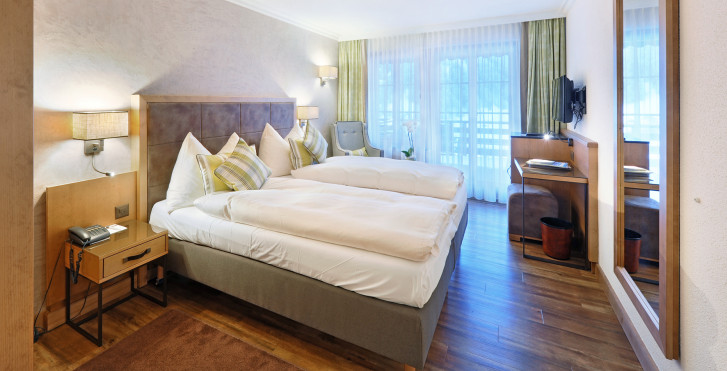 Doppelzimmer Eiger Economy - Hotel Kirchbühl - Skipauschale