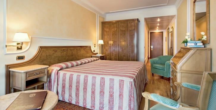 Chambre double - Grand Hotel Dino