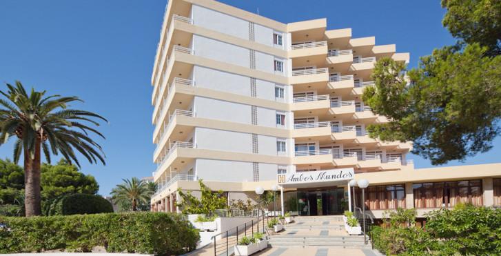HM Balanguera Beach – Adults Only