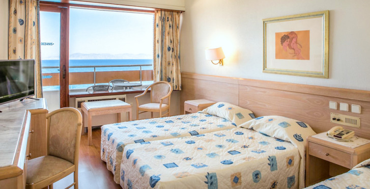 Dreibettzimmer - Oceanis Ixia Hotel