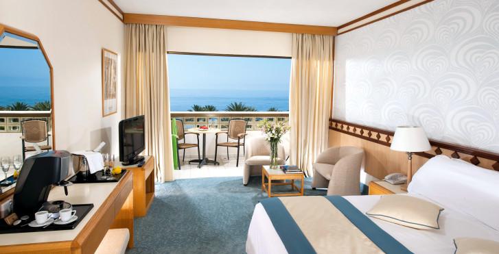 Chambre double Superior - Constantinou Bros Athena Beach