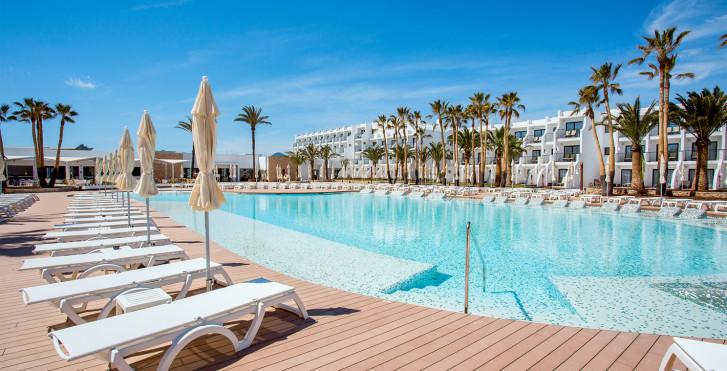 Bild 25540483 - Grand Palladium White Island Resort & Spa