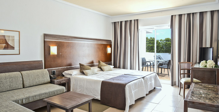 Junior Suite - Beach Club Font de sa Cala
