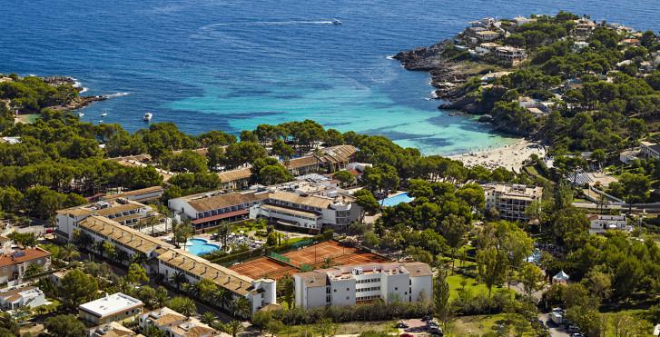 Image 25004584 - Beach Club Font de sa Cala