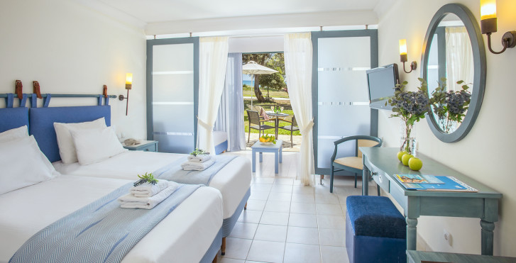 Familienzimmer mit Abtrennung - Zante Beach