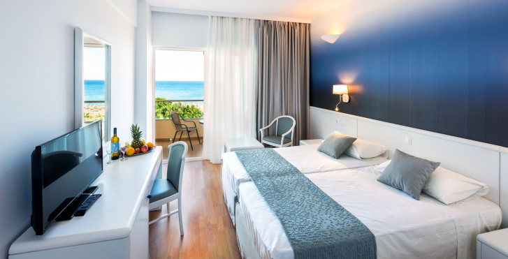 Doppelzimmer - Blue Sea Beach Resort