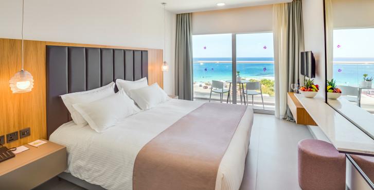 Chambre double Superior vue mer - Napa Mermaid Hotel & Suites
