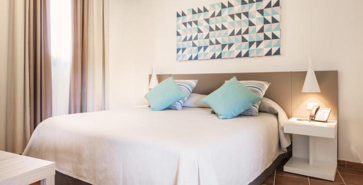 Chambre double Comfort / Superior - VOI Arenella Resort
