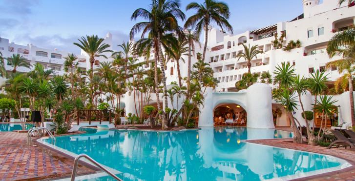 Image 32559729 - Jardín Tropical