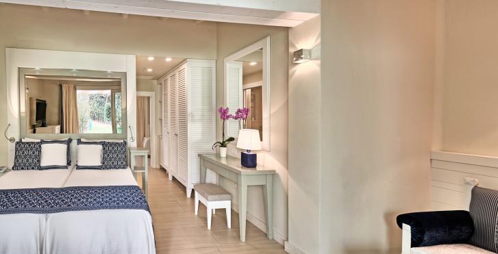 Familienbungalow Deluxe Plus - Forte Village Resort - Hotel Bouganville