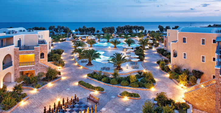 Santo Miramare Resort
