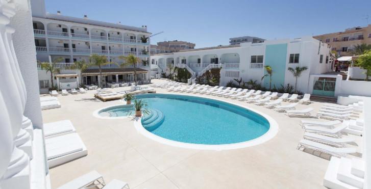 Image 24752032 - The Beach Star Ibiza