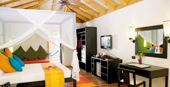 Villa Jacuzzi Beach - Vilamendhoo Island Resort & Spa