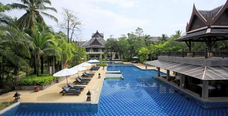 Mukdara Beach Villa & Spa Resort
