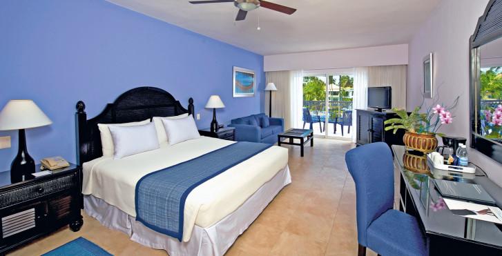 Junior Suite - Ocean Blue & Sand