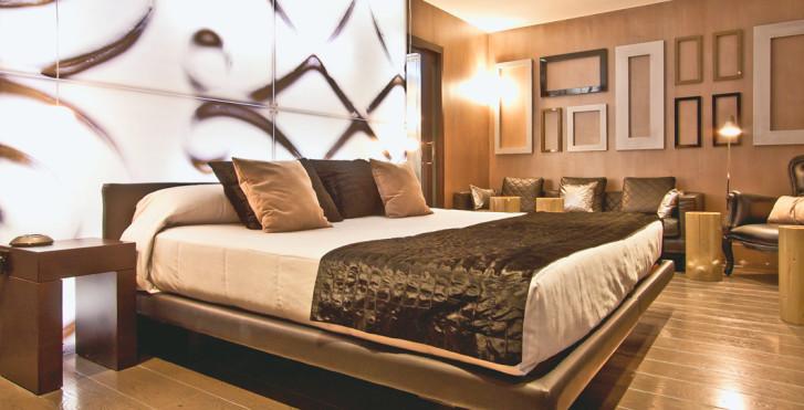 Image 12943003 - Hôtel España