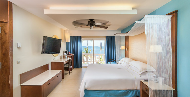 Suite - Barcelo Bavaro Beach Adults Only