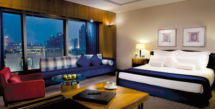 Deluxe - Jumeirah Emirates Towers