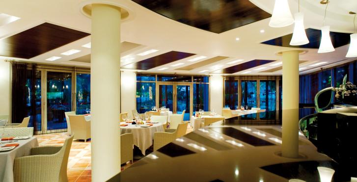 Dubai Hotel Le Meridien Al Agah Beach Resort Fujairah