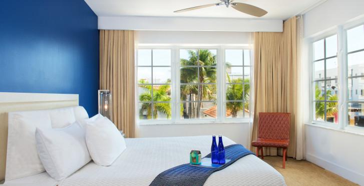 Image 15150542 - Blue Moon Hotel