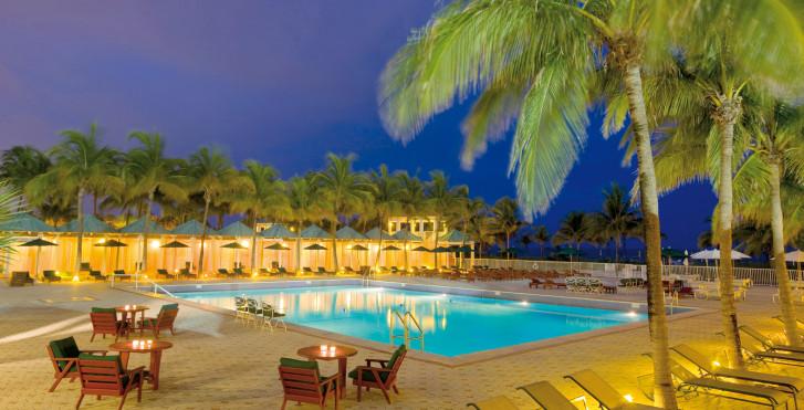 The Sea View Hotel