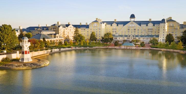 Image 26603909 - Disney's Newport Bay Club -  incl. petit déjeuner + entrée parc
