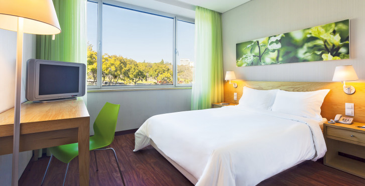 Doppelzimmer - Hotel Fénix Garden