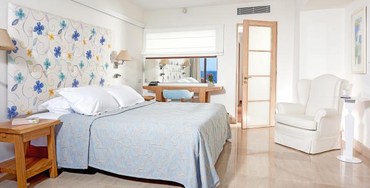 Classic Suite mit Meersicht - St. Nicolas Bay Resort Hotel & Villas