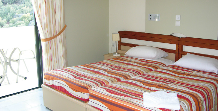 Chambre double - Hotel Polyrizos