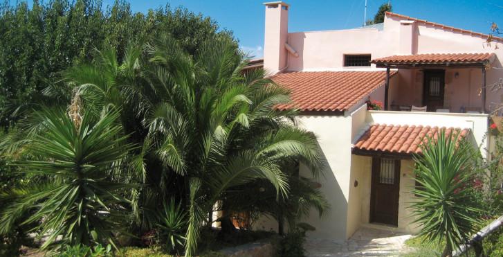 Elia Traditional Houses