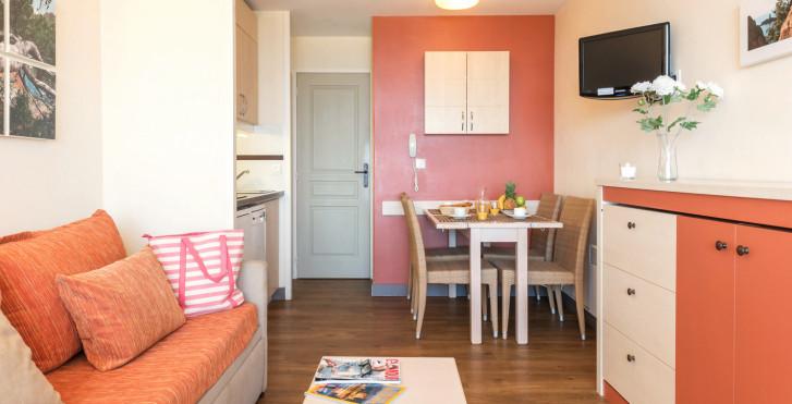 2-Zimmer-Appartement - Résidence P & V «Cannes Villa Francia»