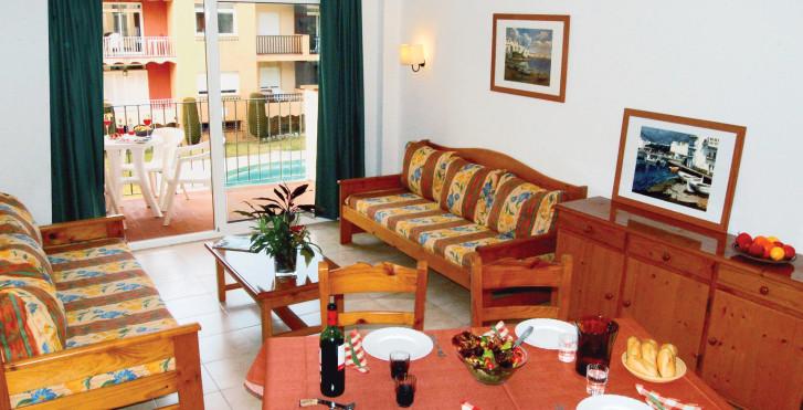 Wohnbeispiel - Apartamentos Comte d'Empuries
