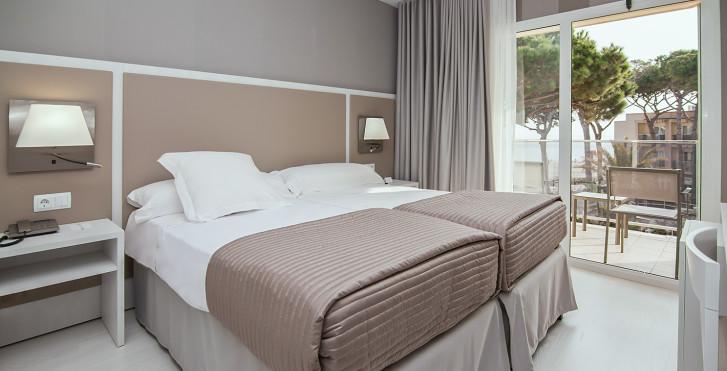 Chambre double vue piscine ou mer - Hôtel Estival Centurion Playa