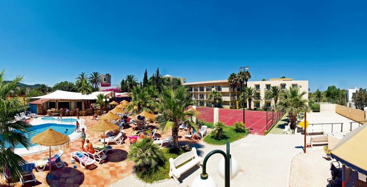 Barceló Pueblo Ibiza