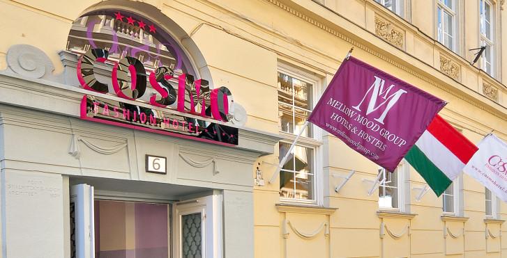Cosmo City Hôtel