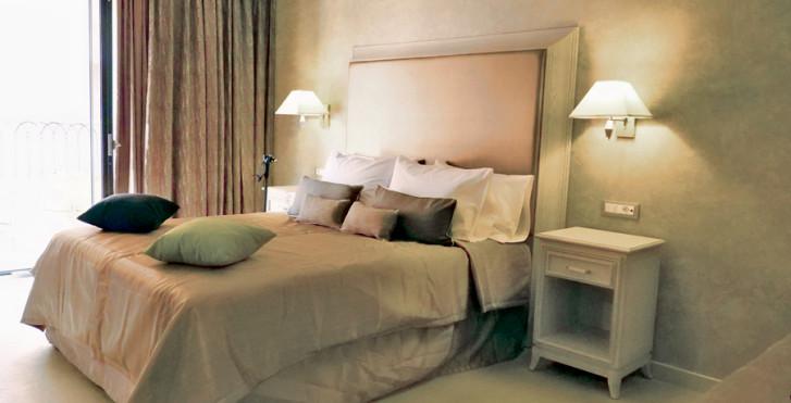 Exemple - Utopia Resort & Spa