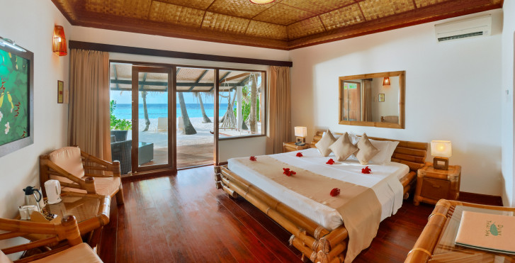 Superior Beach Bungalow - Angaga Island Resort & Spa
