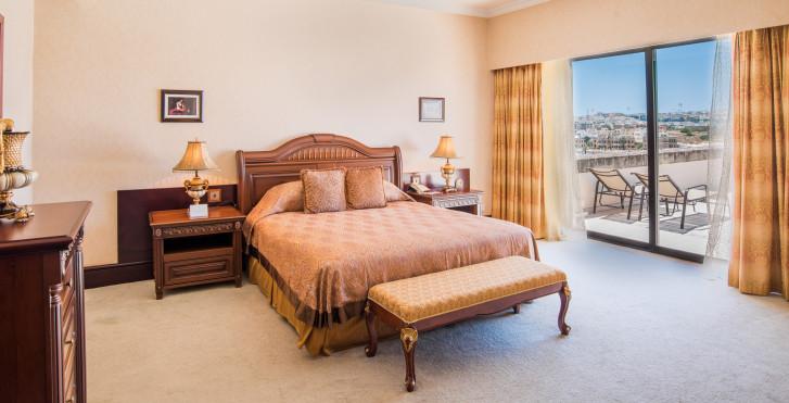Image 34968923 - Grand Hotel Excelsior