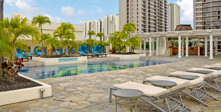 Image 8003715 - Hilton Waikiki Beach