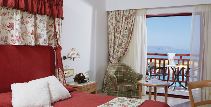 chambresfamiliales - Mitsis Rinela Beach Resort & Spa