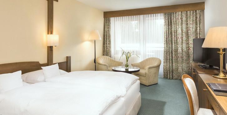 Doppelzimmer Waldseite - Maritim Titisee Hotel