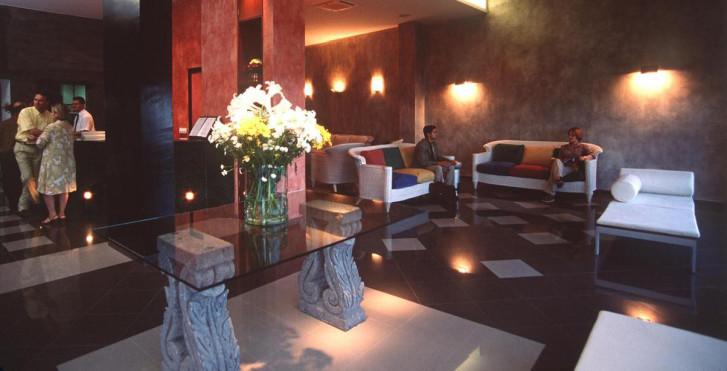 Image 7202708 - Hôtel Miramar