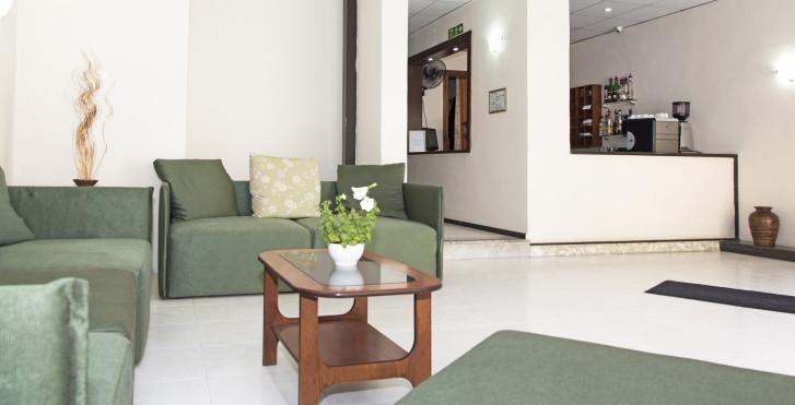 Qawra Inn Hotel Malta
