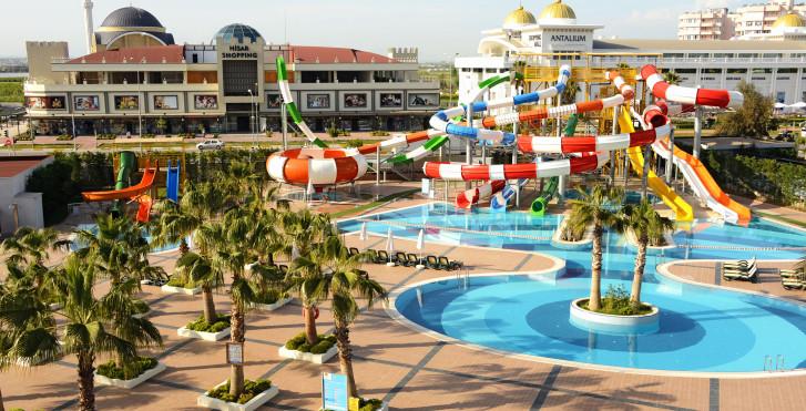 Image 25779773 - Sherwood Breezes Resort