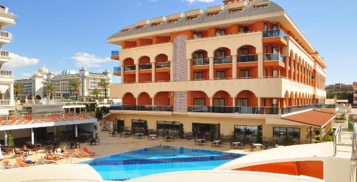 Bild 24693385 - Hotel Orange Palace Side