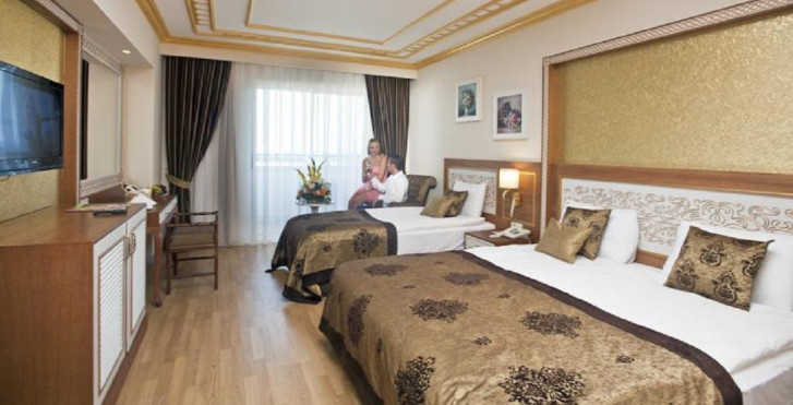 Chambre familiale - Crystal Palace Luxury Resort & Spa