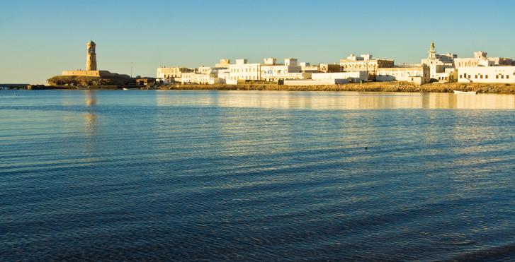 Golf von Oman und Sur