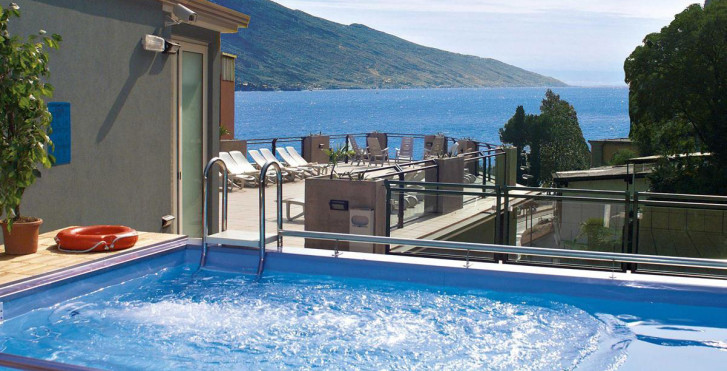 Image 17065625 - Hôtel Europa Riva del Garda